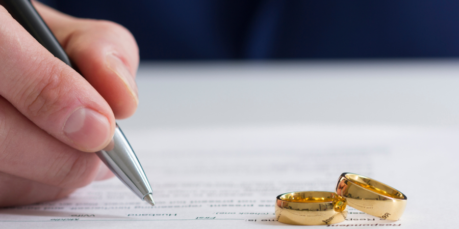 Can You Reach a Divorce Settlement Before You File?